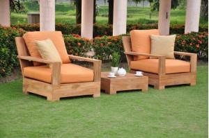 Leveb Sofa Set